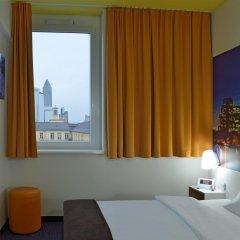 B&B Hotel Frankfurt-Hbf 2* Стандартный номер с различными типами кроватей фото 7