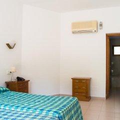 Отель Los Rosales Испания, Форментера - отзывы, цены и фото номеров - забронировать отель Los Rosales онлайн комната для гостей фото 3
