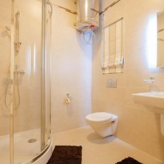 Отель Seafront Apartment Sliema Мальта, Слима - отзывы, цены и фото номеров - забронировать отель Seafront Apartment Sliema онлайн ванная