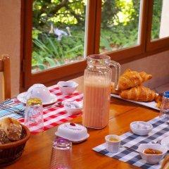 Отель La Gomerie Chambres d'Hotes Франция, Сент-Эмильон - отзывы, цены и фото номеров - забронировать отель La Gomerie Chambres d'Hotes онлайн питание фото 2