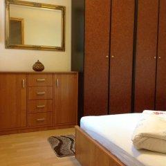 Отель Ludmilla Apartman сейф в номере