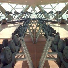 Отель Andaz Capital Gate Abu Dhabi - A Concept By Hyatt Абу-Даби фитнесс-зал фото 3