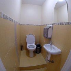 Гостиница HQ Hostelberry Кровать в общем номере с двухъярусной кроватью фото 41