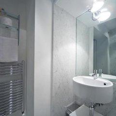 Отель Residenza D'Epoca di Palazzo Cicala 4* Стандартный номер с разными типами кроватей фото 14