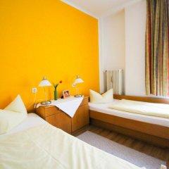 Отель Pension/Guesthouse am Hauptbahnhof Стандартный номер с двуспальной кроватью (общая ванная комната) фото 6