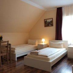 Отель Pension Siddiqi 2* Номер категории Эконом с 2 отдельными кроватями