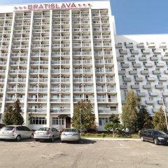 Гостиница Братислава парковка