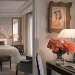 Palazzo Parigi Hotel & Grand Spa Milano 5* Представительский люкс с двуспальной кроватью