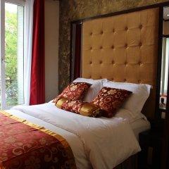 Отель Hôtel des Buttes Chaumont 2* Улучшенный номер с различными типами кроватей фото 3