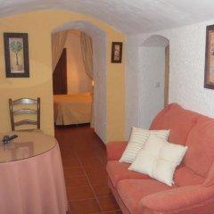 Отель Cuevas de Medinaceli Стандартный номер с разными типами кроватей фото 14