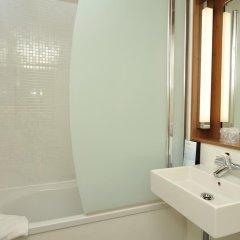 Отель Campanile Annecy - Cran Gevrier 3* Стандартный номер с различными типами кроватей фото 5