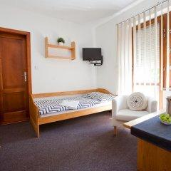 Отель Pension Paldus 3* Стандартный номер с различными типами кроватей фото 11