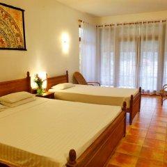 Отель Villa by Ayesha Шри-Ланка, Бентота - отзывы, цены и фото номеров - забронировать отель Villa by Ayesha онлайн комната для гостей фото 4