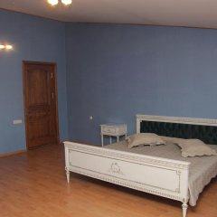 Rafael Hostel Кровать в общем номере двухъярусные кровати