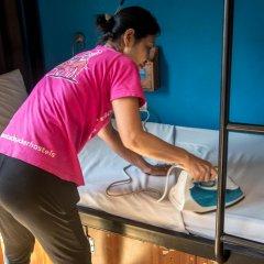 Отель Vietnam Backpacker Hostels - Downtown Кровать в общем номере с двухъярусной кроватью фото 7