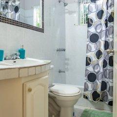 Отель Relax in Sunny Montego Bay, JA ванная