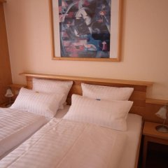 Hotel Glockengasse 3* Стандартный номер с различными типами кроватей фото 3