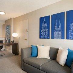 Отель Hilton Suites Chicago/Magnificent Mile комната для гостей фото 7