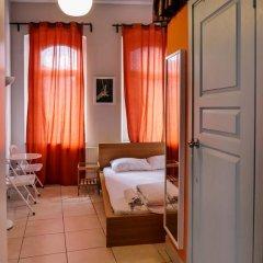 Отель World House Istanbul Кровать в общем номере фото 3