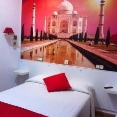 Отель Hostal Comercial Стандартный номер с двуспальной кроватью фото 14