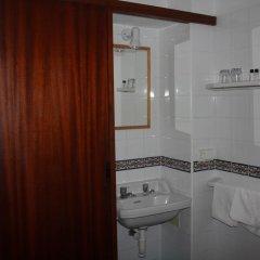 Отель Hostal Las Nieves Стандартный номер с 2 отдельными кроватями (общая ванная комната) фото 9