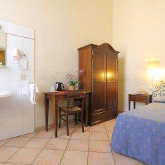 Hotel Bavaria Стандартный номер с двуспальной кроватью (общая ванная комната) фото 3