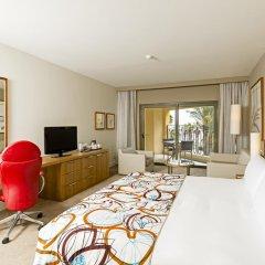 Отель Hilton Malta 5* Номер Делюкс с различными типами кроватей фото 5
