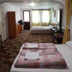 Отель Guestrooms Roos Стандартный номер фото 5