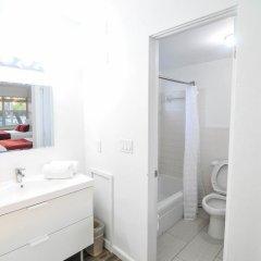 Отель Regency Inn & Suites 2* Стандартный номер с различными типами кроватей фото 4