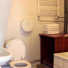 Отель Hostel The Veteran Нидерланды, Амстердам - отзывы, цены и фото номеров - забронировать отель Hostel The Veteran онлайн ванная