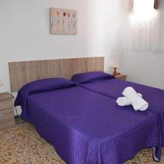 Отель Pensión Eva Стандартный номер с 2 отдельными кроватями (общая ванная комната) фото 2