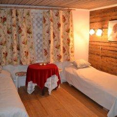 Отель Marta Guesthouse Tallinn 2* Стандартный номер с двуспальной кроватью (общая ванная комната) фото 11