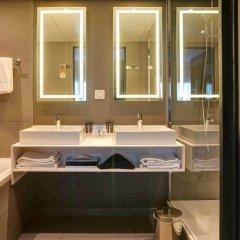 Отель Novotel Paris 14 Porte d'Orléans Франция, Париж - 3 отзыва об отеле, цены и фото номеров - забронировать отель Novotel Paris 14 Porte d'Orléans онлайн ванная фото 2