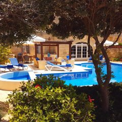Отель San Jose' Мальта, Арб - отзывы, цены и фото номеров - забронировать отель San Jose' онлайн бассейн