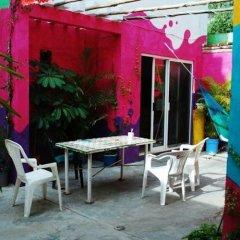 Отель Tres Mundos Hostel Мексика, Плая-дель-Кармен - отзывы, цены и фото номеров - забронировать отель Tres Mundos Hostel онлайн питание фото 2