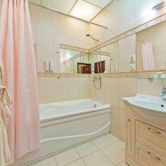 Гостиница К-Визит 3* Люкс с двуспальной кроватью фото 36