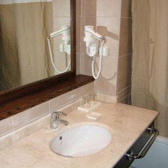 Отель Dead Sea Spa Hotel Иордания, Сваймех - отзывы, цены и фото номеров - забронировать отель Dead Sea Spa Hotel онлайн ванная фото 2