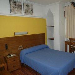 Отель Hostal la Campana комната для гостей фото 3