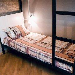 Hostel Kamin Стандартный семейный номер разные типы кроватей (общая ванная комната) фото 6