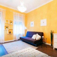 Апартаменты Bpm - Sunny Apartment Будапешт комната для гостей фото 4