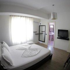 Отель Cocoon Hotel & Lounge Албания, Тирана - отзывы, цены и фото номеров - забронировать отель Cocoon Hotel & Lounge онлайн комната для гостей фото 3