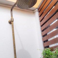 Отель Tha Tian Store Бангкок ванная