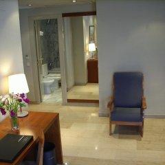 Hotel Silken Torre Garden 3* Стандартный семейный номер с разными типами кроватей фото 3