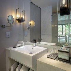 Hotel IKON Phuket 4* Улучшенный номер двуспальная кровать фото 11