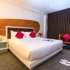 Hotel Icon Bangkok 4* Улучшенный номер с различными типами кроватей фото 8