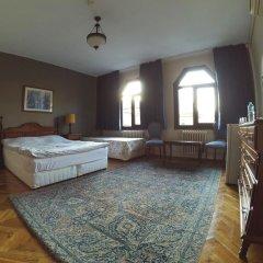 Отель Berk Guesthouse - 'Grandma's House' 3* Стандартный семейный номер с двуспальной кроватью фото 6