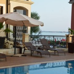 Отель VIP CLUB Dolphin Coast Болгария, Солнечный берег - отзывы, цены и фото номеров - забронировать отель VIP CLUB Dolphin Coast онлайн бассейн фото 3