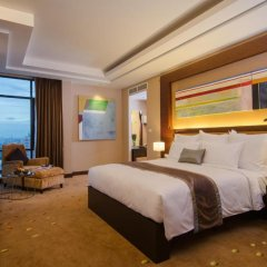 Отель AETAS lumpini комната для гостей фото 3