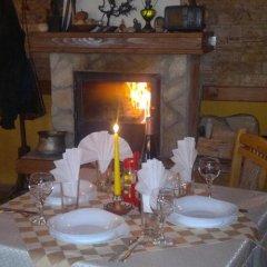 Отель Dvata Brjasta Family Hotel Болгария, Асеновград - отзывы, цены и фото номеров - забронировать отель Dvata Brjasta Family Hotel онлайн питание фото 3