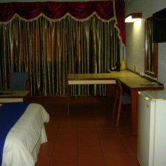Gaborone Hotel 2* Номер Делюкс фото 2